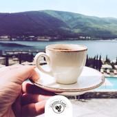 Bon #Dimanche à tous 👋 !!!  #touslesjourscafé  #everydayiamcoffeeing   N'hésitez pas à vous connecter sur notre site ✅ www.grainscafes.com Cafés en grains ou moulus ou capsules ☑️ Torréfaction 100% #Artisanale ☕️ 📍 26 rue Grande - Manosque 🕡 Mardi au samedi de 9h à 13h | 14h à 18h Plus d'infos ?! 👇 📱 04.65.10.00.67 📧 contact@grainscafes.com  #GrainsCafes #Manosque #coffee #coffeetime #coffeelover #cafe #coffeeshop #coffeeaddict #Torrefaction #coffeegram #specialtycoffee #coffeewithaview #coffeeaddicted #coffeeaddiction #bestcoffee #doyourcoffee #dimanche #lac #cafe #weekend #weekendcafe #cafedetente #everydayiamcoffee