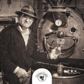 [ DEPUIS 1987] L'entreprise familiale a été créée en 1987 par Jean-Marie Rigoulet, Maître torréfacteur, amoureux 🤎 du savoir-faire artisanal. Son désir a toujours été de faire découvrir les savoirs et les saveurs du café et du thé du monde entier.  N'hésitez pas à vous connecter sur notre site ✅ www.grainscafes.com Cafés en grains ou moulus ou capsules ☑️ Torréfaction 100% #Artisanale ☕️ 📍 26 rue Grande - Manosque 🕡 Mardi au samedi de 9h à 13h | 14h à 18h Plus d'infos ?! 👇 📱 04.65.10.00.67 📧 contact@grainscafes.com  #specialtycoffeeroaster #specialitycoffee #coffeeroastery #connectroasters #explorecoffee #coffeebrewing #coffeepeople #roastery #coffeeroasting #coffeeaddict #coffeeshop #coffeehype #coffeetime #coffeepeople #coffeebean #coffeeworld #coffeeculture #coffeeshopcorners #caffeinedaily #coffeeroaster #Manosque #roasterdaily #grainscafes #familytime #pereenfils #oldshool #archive #café #histoirecafé